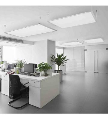 Para uso en interiores. Ideal para oficinas, escuelas o aplicaciones comerciales. Cuerpo de aluminio y tirantes de acero. Pantal